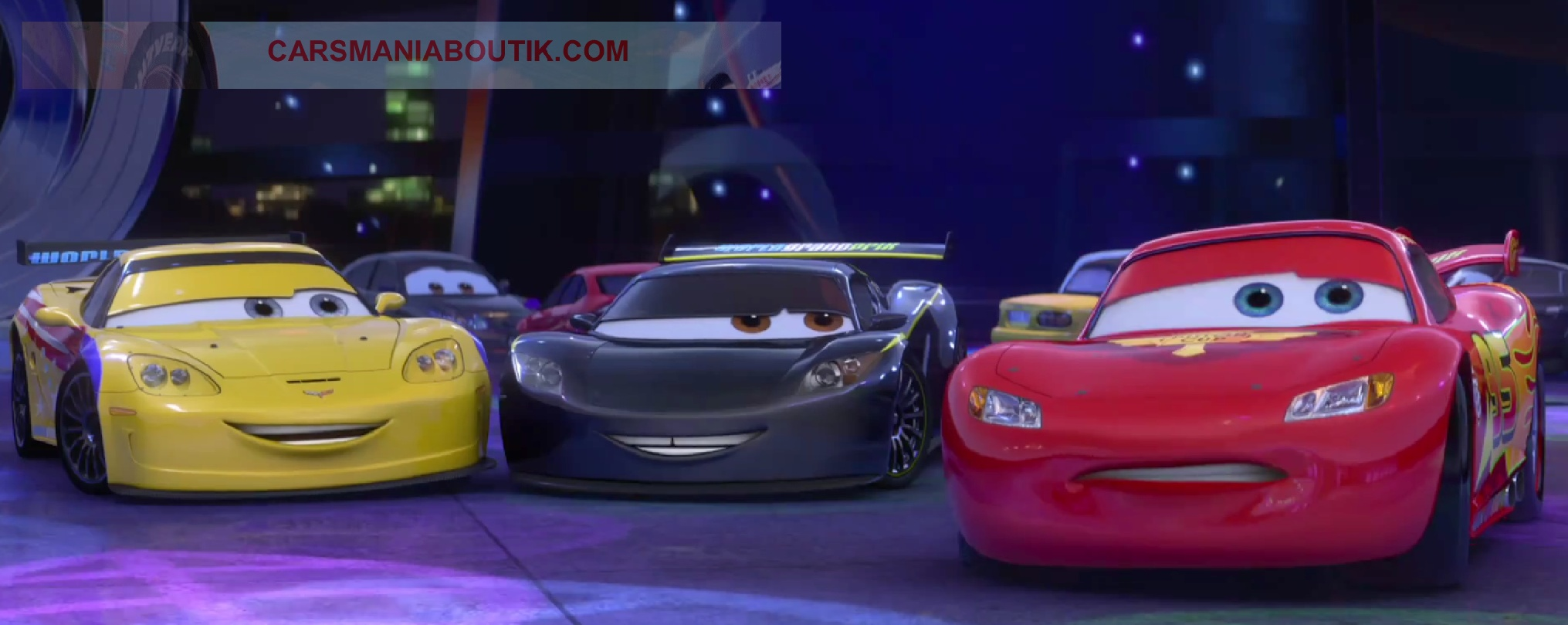 disney pixar cars 2 images issues de la bande annonce disneycarsmania. Black Bedroom Furniture Sets. Home Design Ideas