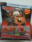 Mater_with_sign_voiture_Cars_2015_Disney_h