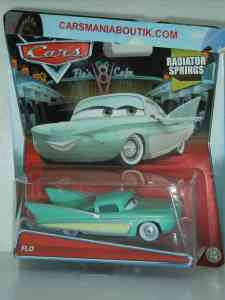 Flo_voiture_Disney_Cars_2015_ml